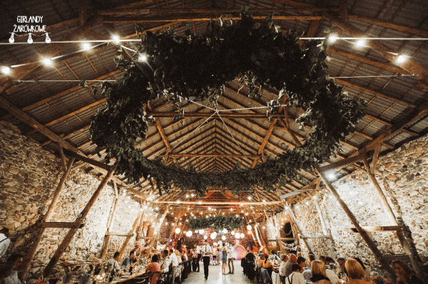 Folwark Wąsowo wesele girlandy świetlne